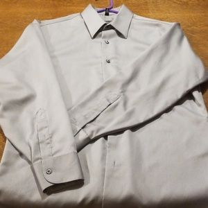 Geoffrey Beene Button Down